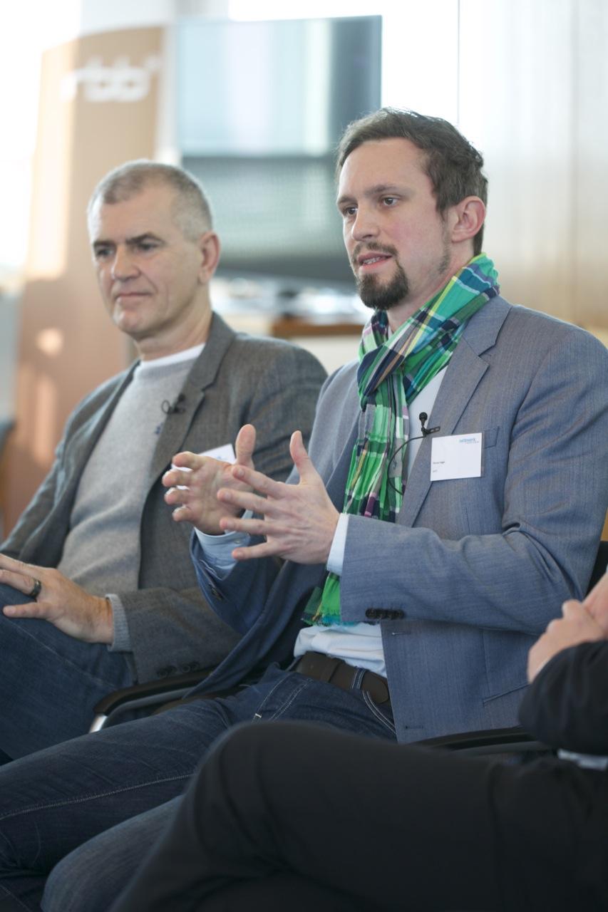Peter Schulz und Florian Hager auf dem Crossmedia-Tag des netzwerk medien-trainer