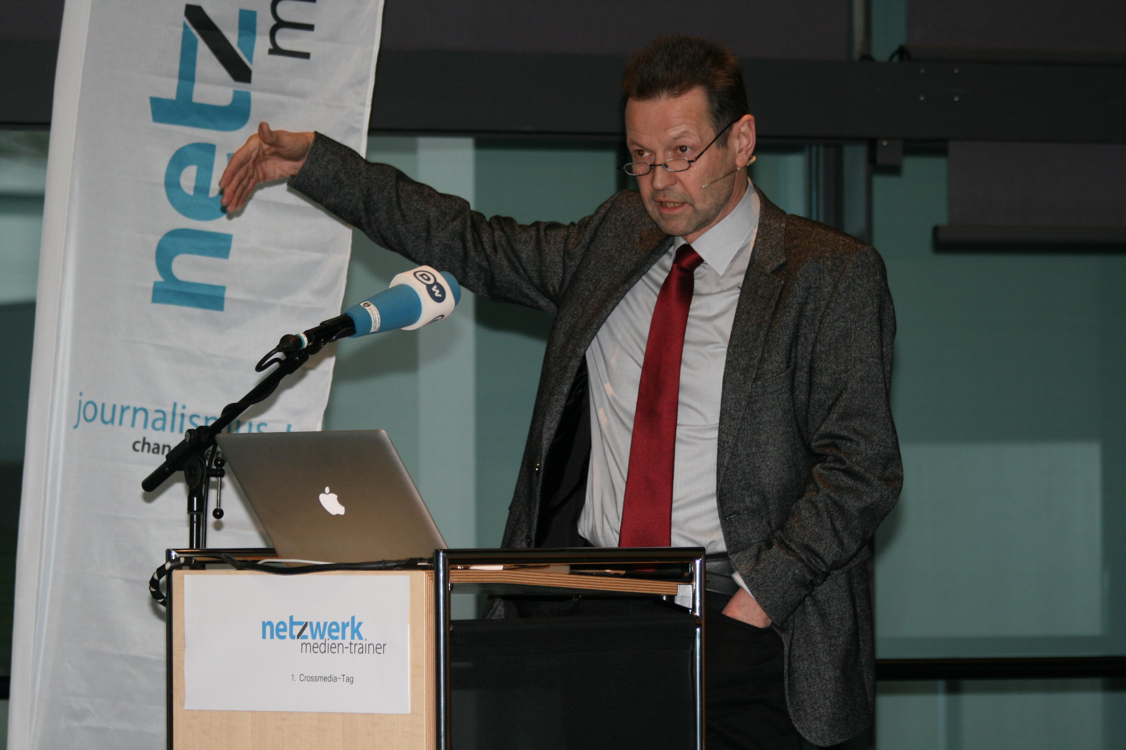 Martin Wagner auf dem Crossmedia-Tag des netzwerk medien-trainer