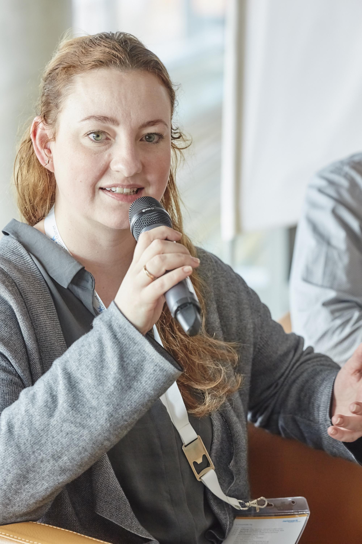 Sylke Gruhnwald auf dem Crossmedia-Tag des netzwerk medien-trainer