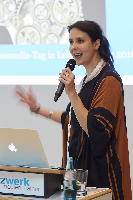Linda Rath-Wiggins auf dem 4. Crossmedia-Tag des netzwerk medien-trainer