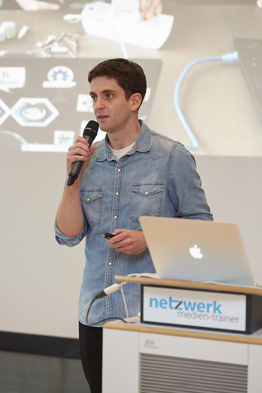 Sebastian Horn auf dem 4. Crossmedia-Tag des netzwerk medien-trainer